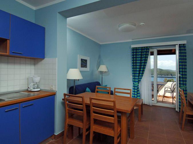 Нудистский отель NATURIST PARK KOVERSADA APPARTMENTS 4* - отдых в Хорватии от туроператора САНТУР