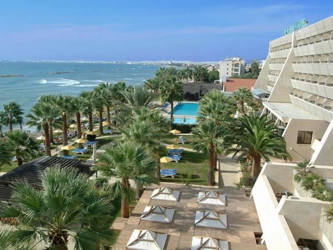 PALM BEACH HOTEL BUNGALOWS 4*