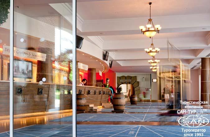 Фото отеля Explorers Hotel at Disneyland® Paris 3* Франция