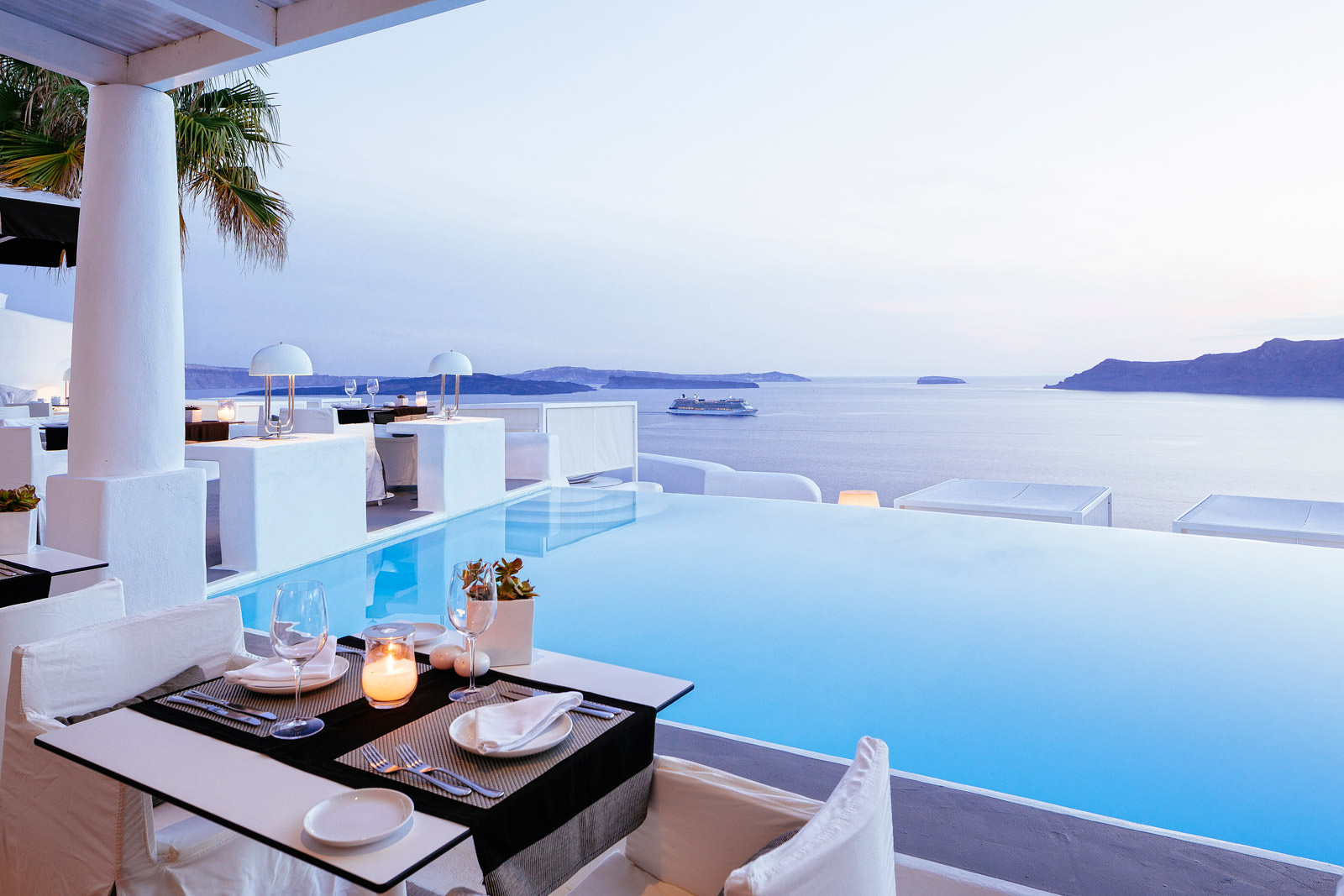 Туры в Грецию - Kirini Suites & Spa