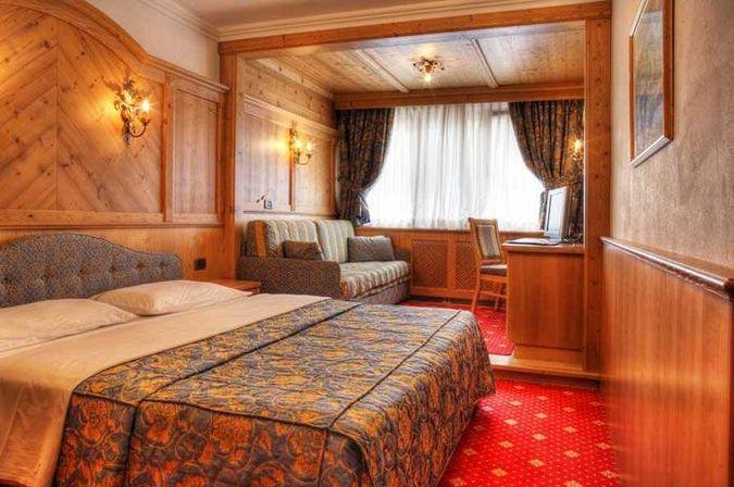 ALPEN HOTEL CORONA SPORT WELNESS 4* - отдых в Италии от туроператора САНТУР