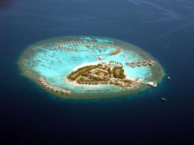 CENTARA GRAND ISLAND RESORT AND SPA MALDIVES HOTEL 5*