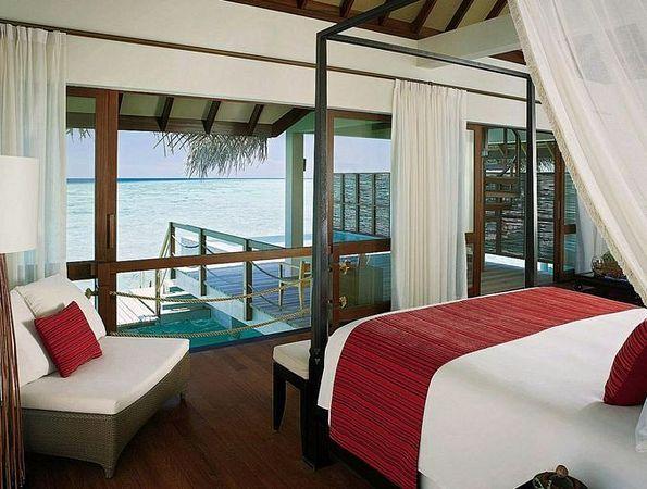 Отель FOUR SEASONS RESORT MALDIVES AT LANDAA GIRAAVARU 5* отдых на Мальдивских островах САН-ТУР