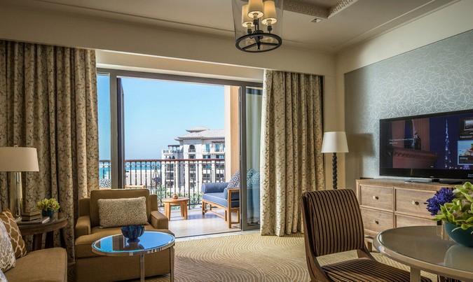 Фото отеля Four Seasons Resort Dubai at Jumeirah Beach 5*