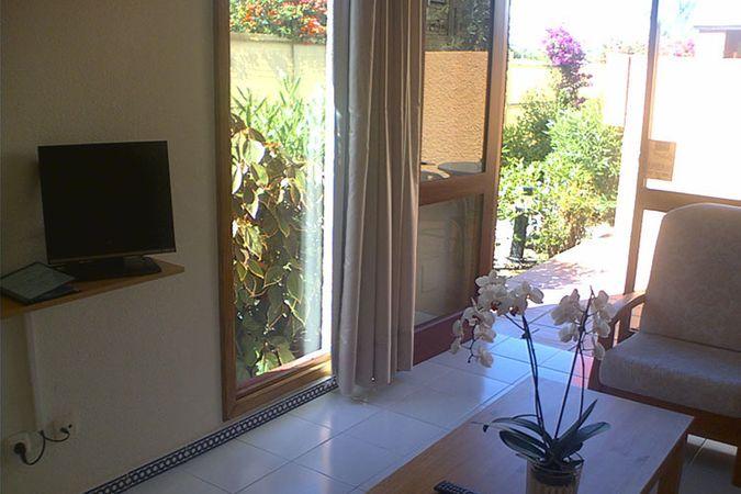нудистские туры в Испанию - фото нудистского отеля Hotel Magnolias Natura 4*