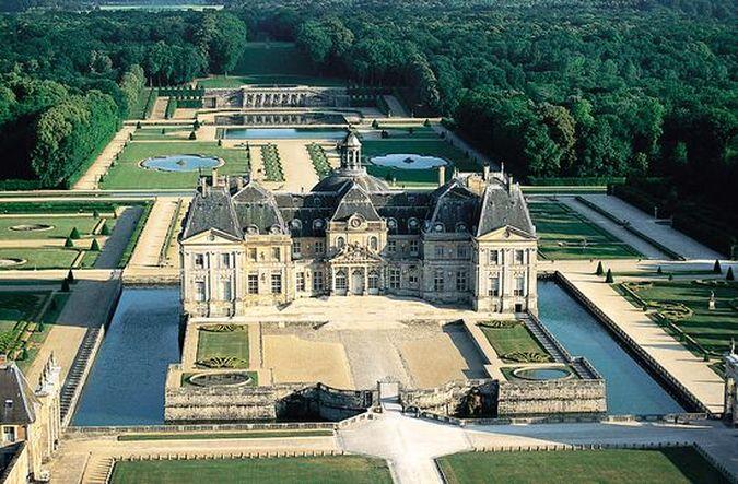 Во Ле Виконт - лучший частный дворец Франции