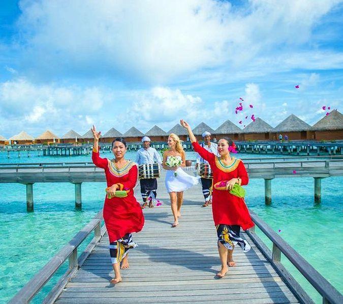 Baros Maldives Hotel 5*- роскошь в окружении изобильной тропической природы