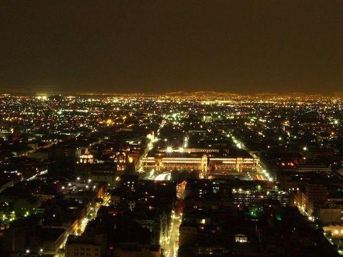 Город Мехико - ковер мерцающих огней