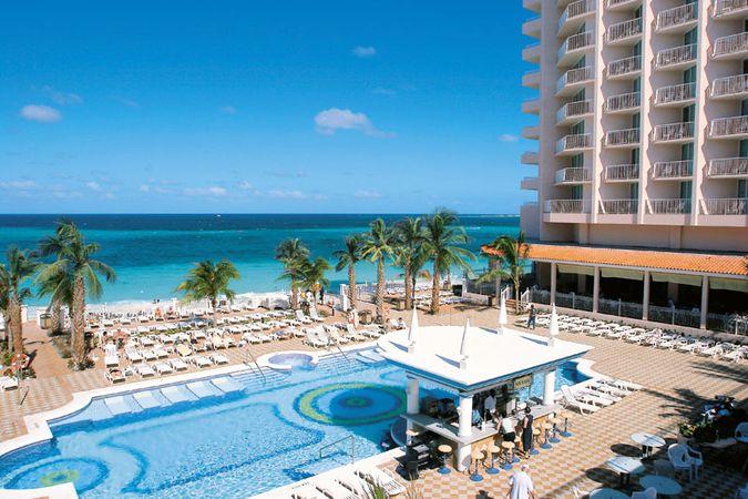 shemale shemale tine paradise hotel